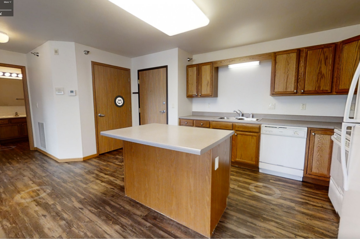 Lakewood Place Apartments