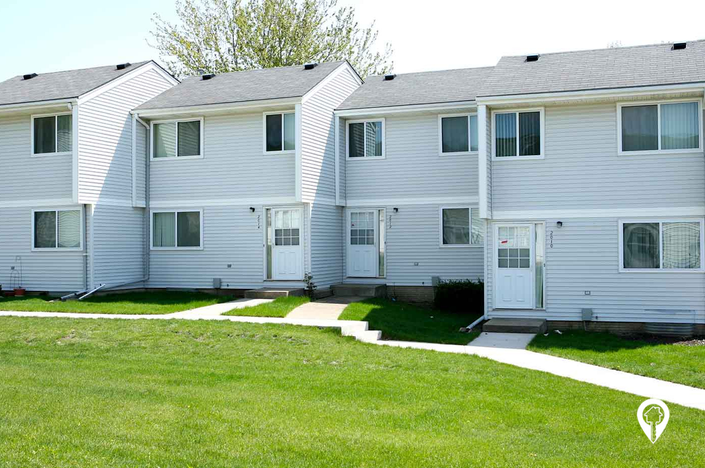Pioneer Property Management - Town Park Townhomes