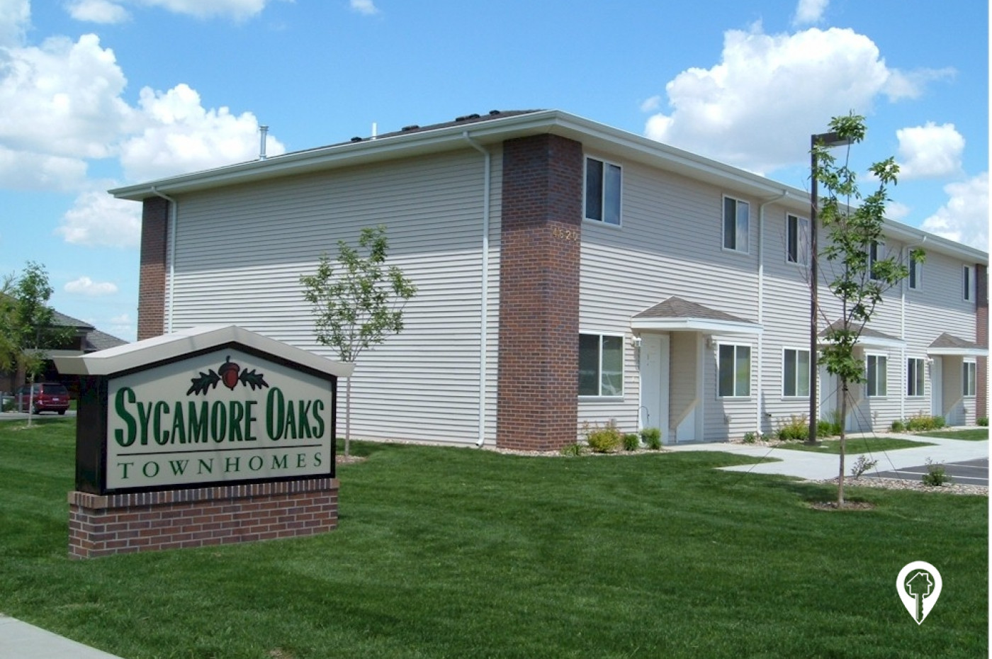 Great Plains Property Management - Sycamore Oaks Townhomes