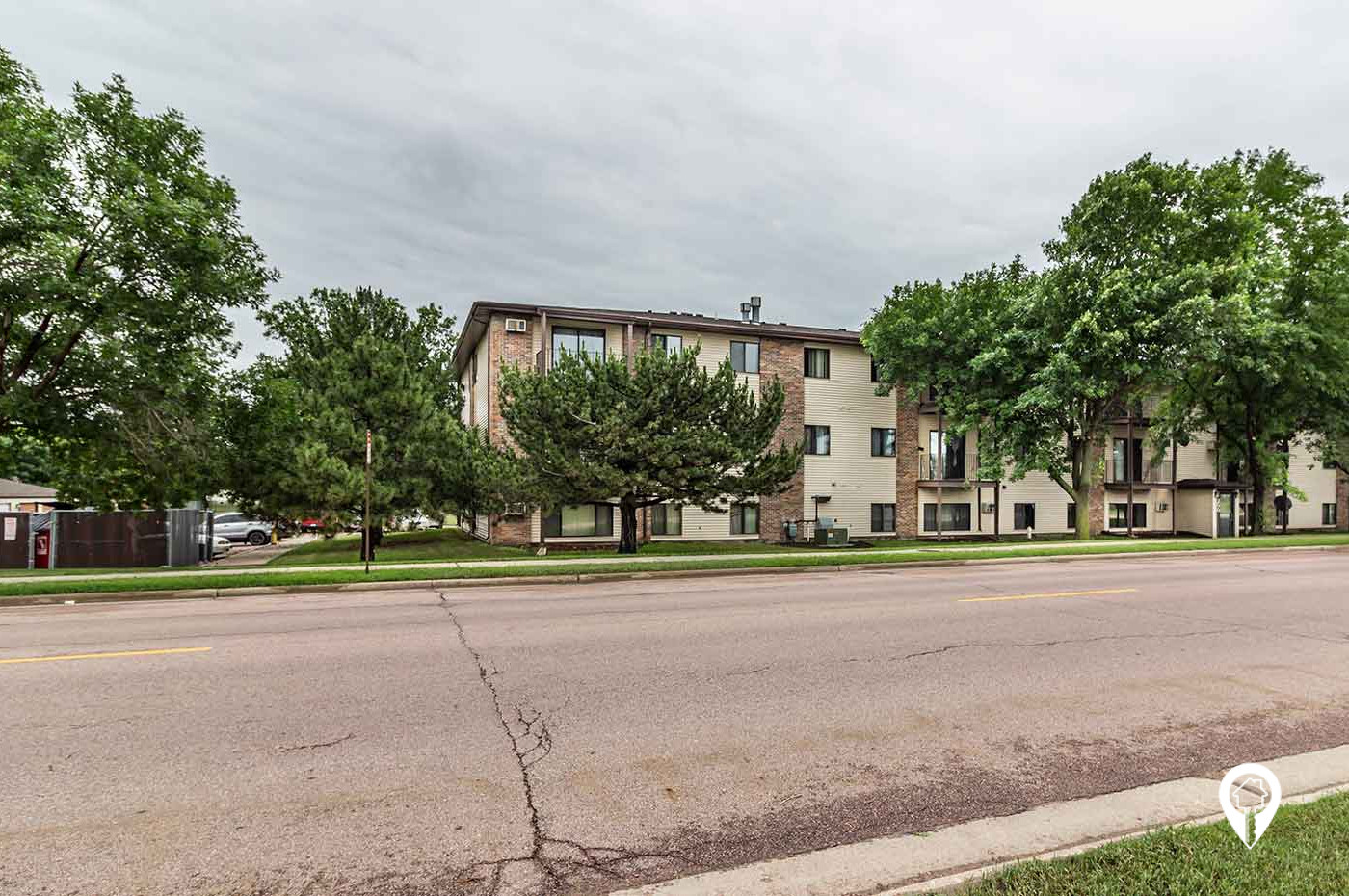 Great Plains Property Management - Northwestern Apartments and Townhomes