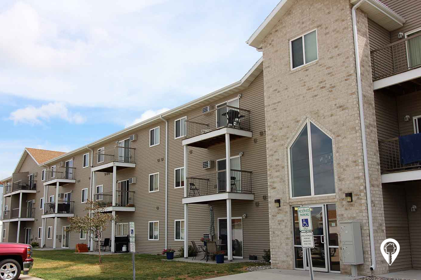 Valley Rental - Country Meadows Apartments