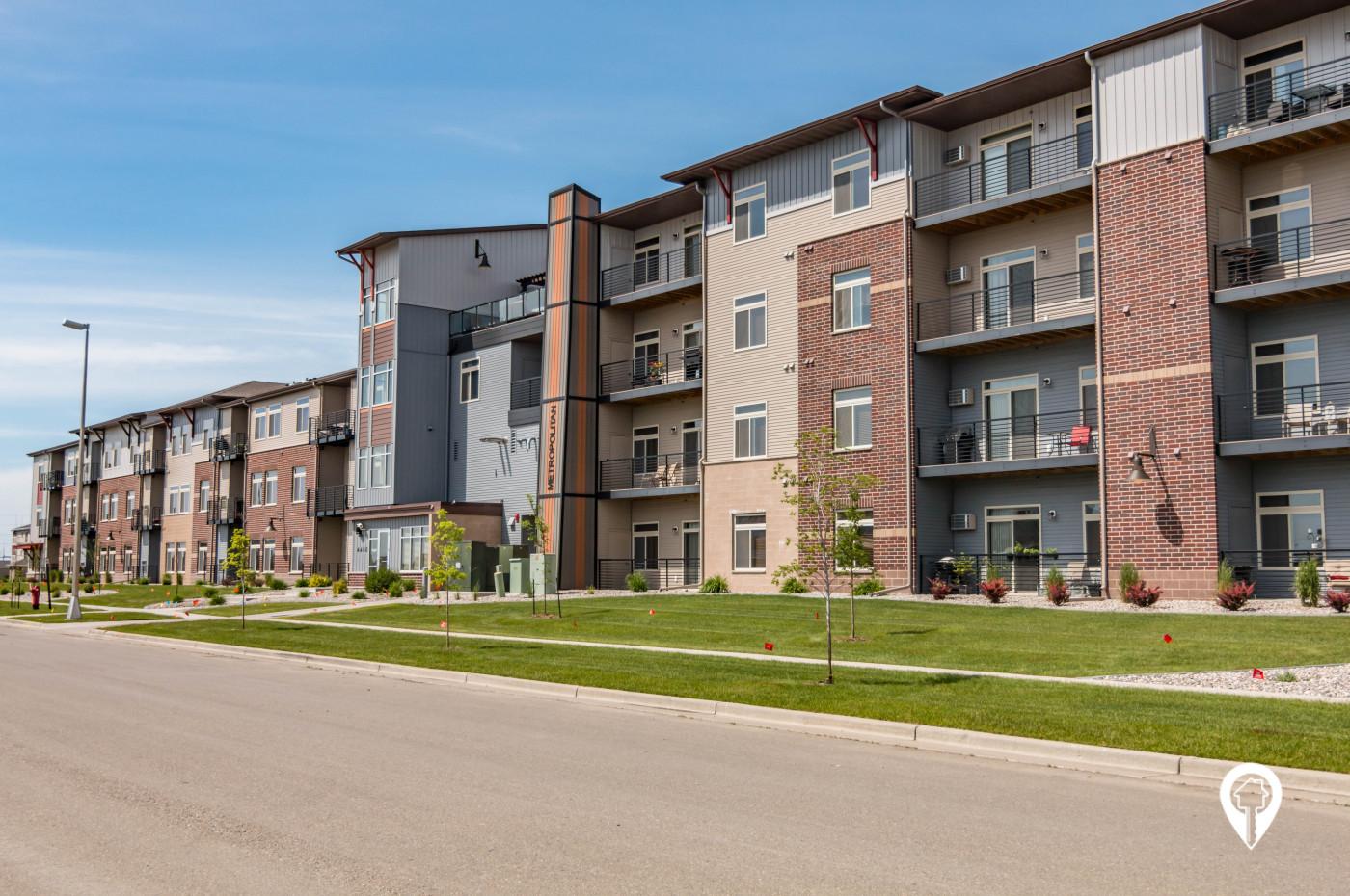 Roers Property Management - Metropolitan Apartments