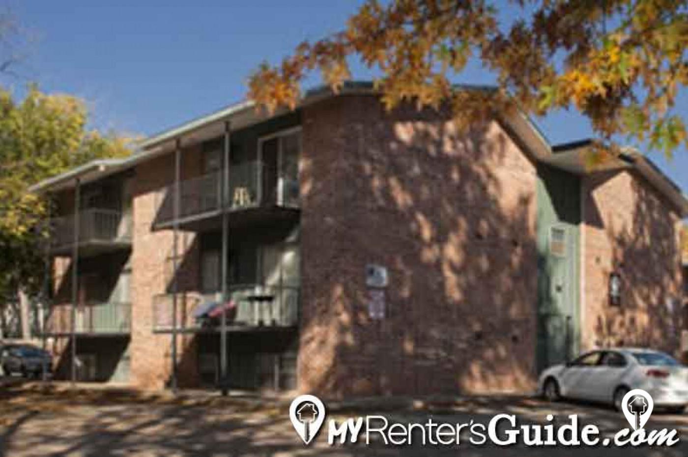 Schrum Rentals LLC - Lee Crest Apartments