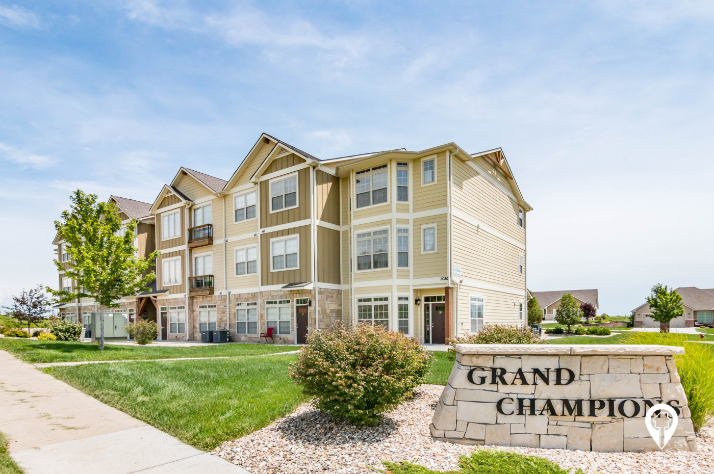 Grand Champions Apartments