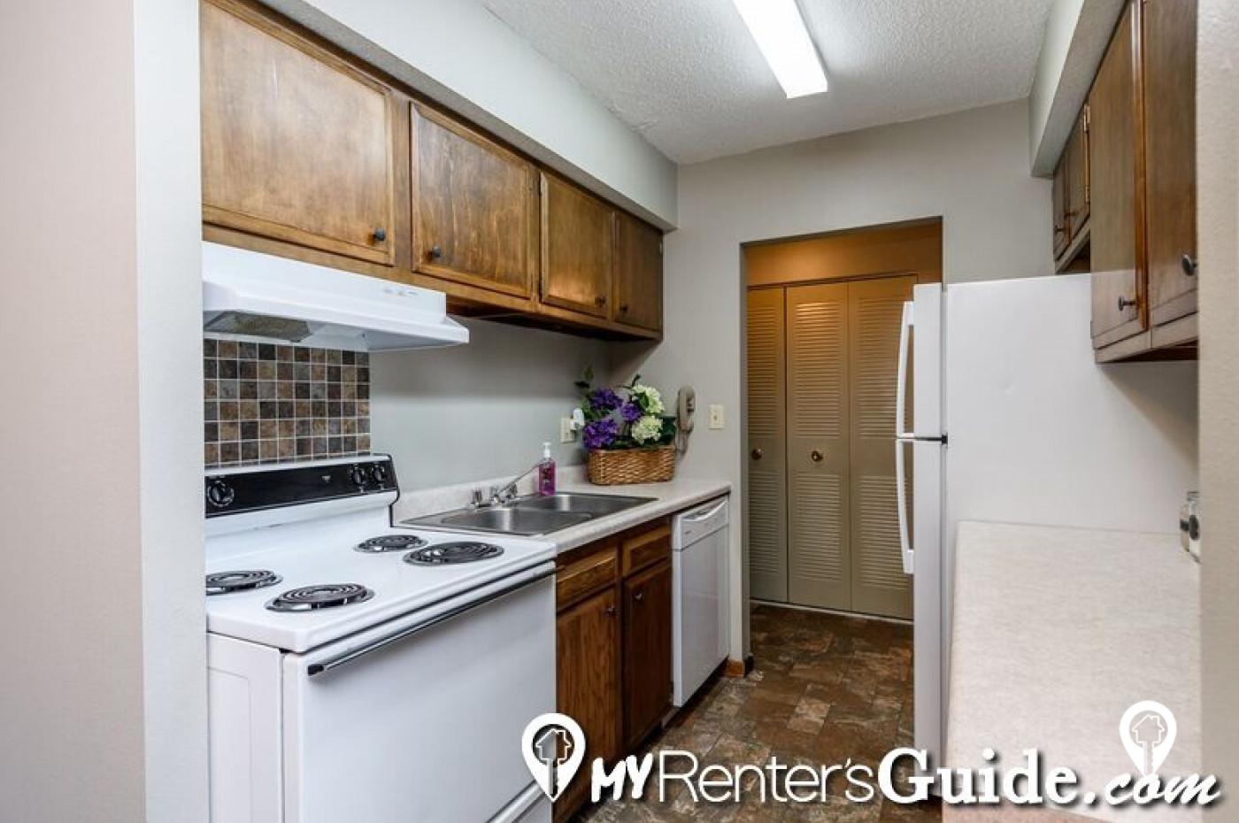 Hayden Pointe Apartments