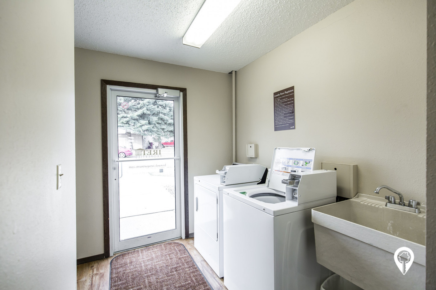Crestview-Apartments-On-Site-Laundry-Facilities