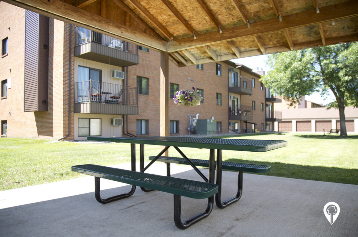 Kirkwood-Apartments-Relax-under-shelter-with-family-friends