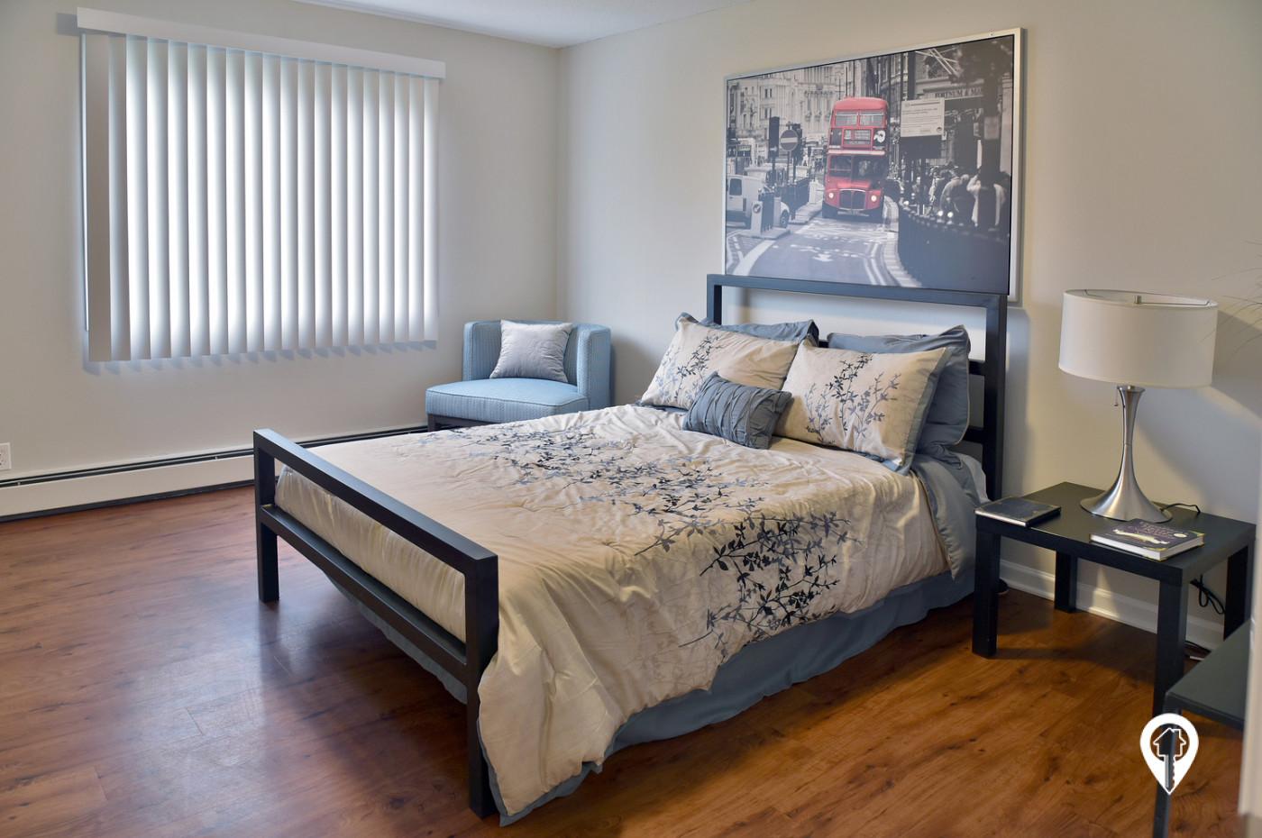 Colonial-Villa-Apartments-Elegant-Bedrooms