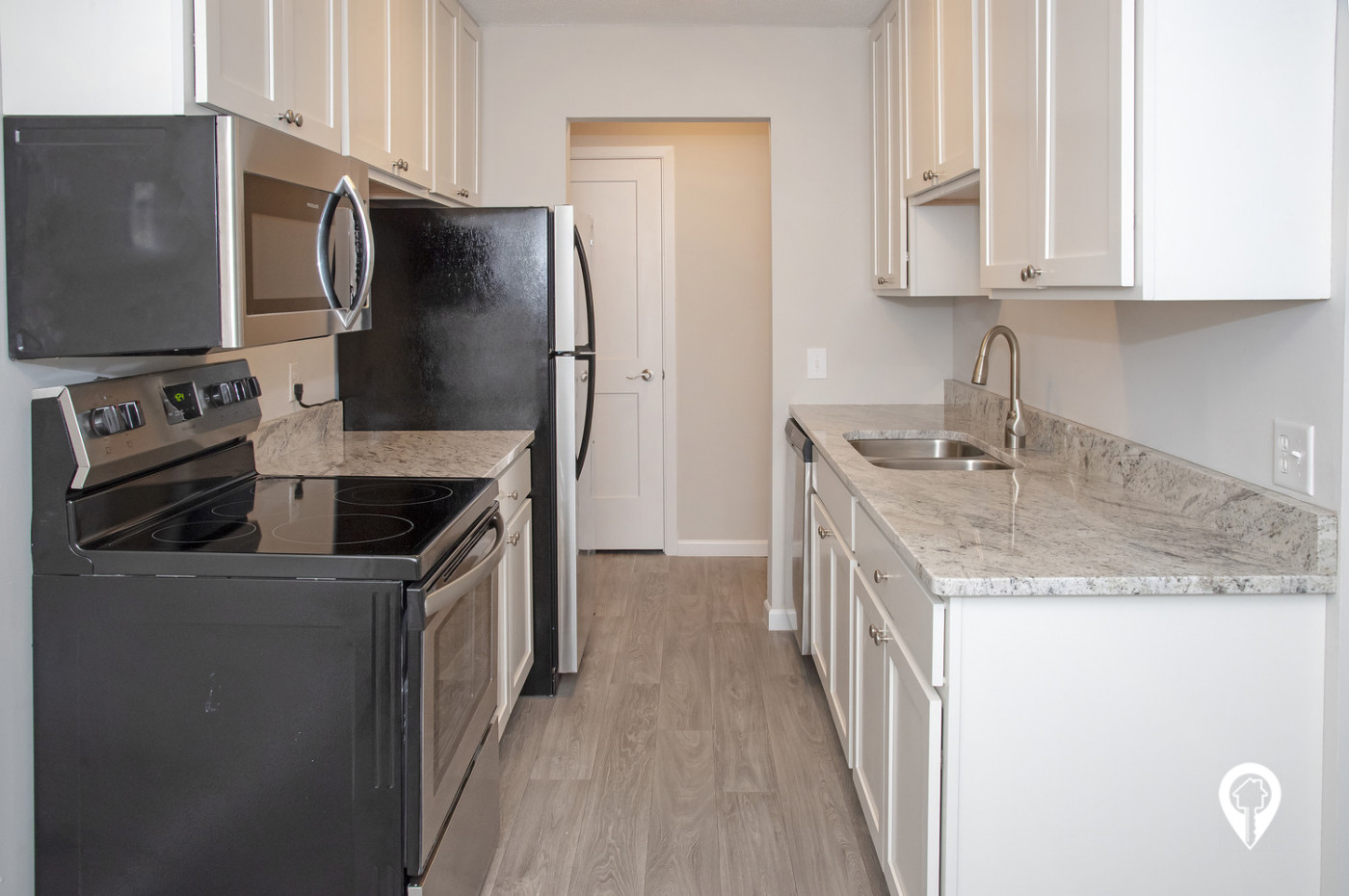 Colonial-Villa-Apartments-Wood-Look-Vinyl-Flooring-Dining-Room-Kitchens