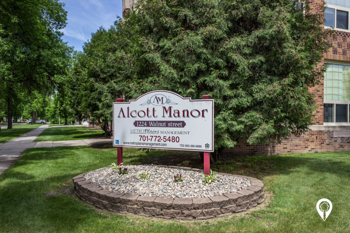 Alcott Manor
