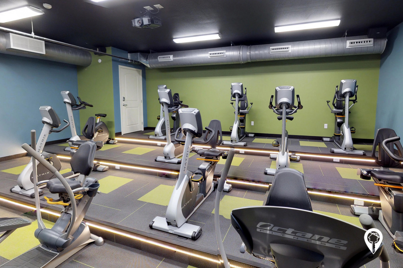 Chateau-Apartment-Homes-Experience-Intense-Workout-our-Cardio-Theater
