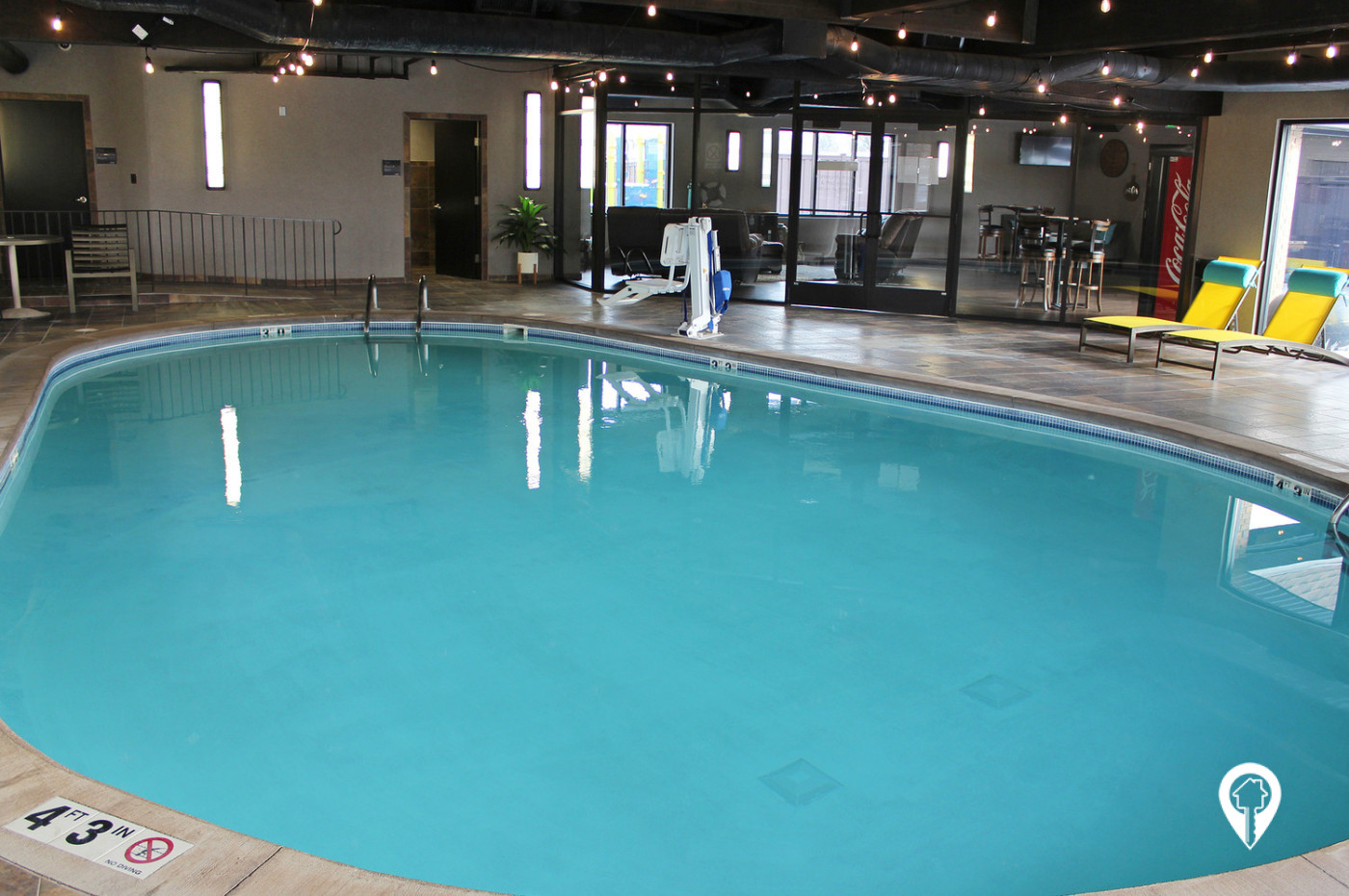 Chateau-Apartment-Homes-Enjoy-Quick-Dip-Relaxing-Day-at-Pool