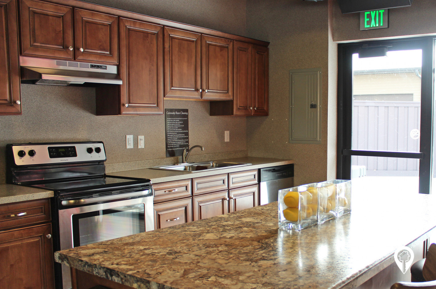 Chateau-Apartment-Homes-Full-Kitchen-community-all-Entertainment-Needs