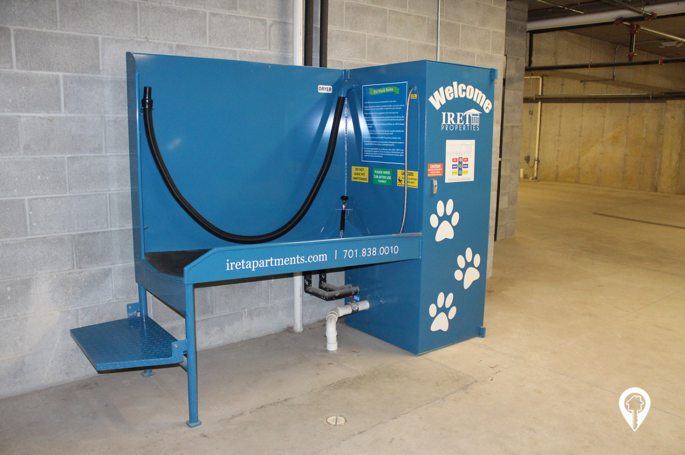 Commons-Landing-at-Southgate-Keep-Your-Furry-Friends-Clean-With-The-Pet-Wash