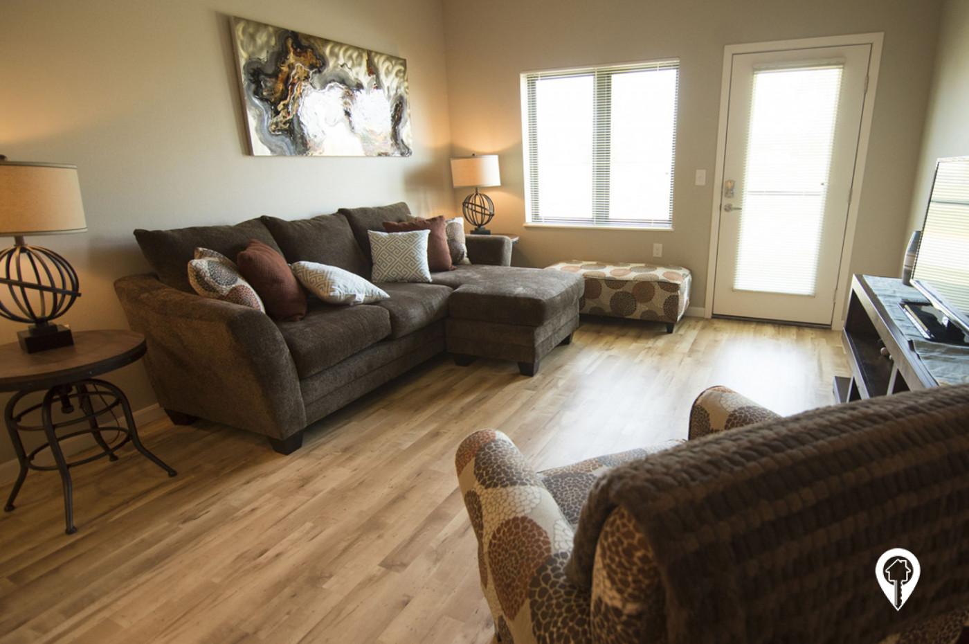 Deer-Ridge-Apartments-Tons-natural-light