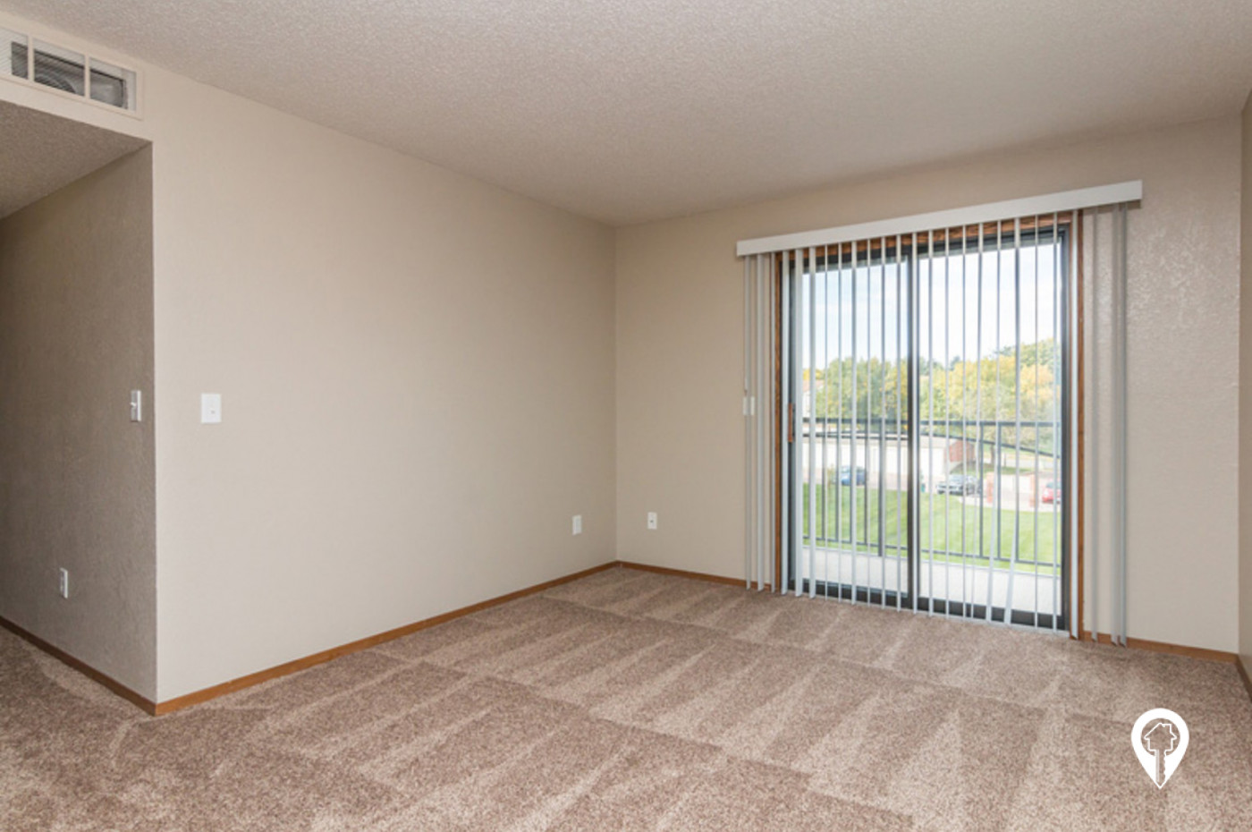 Oakwood-Estates-Apartment-Homes