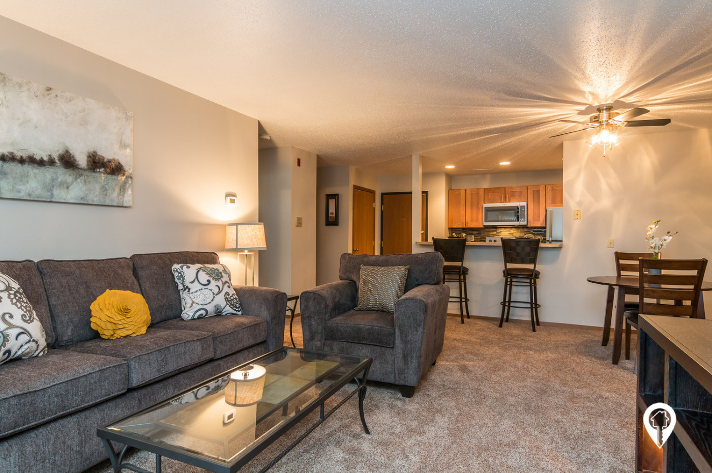 Oxbow-Park-Apartments-Stylish-Living-Space