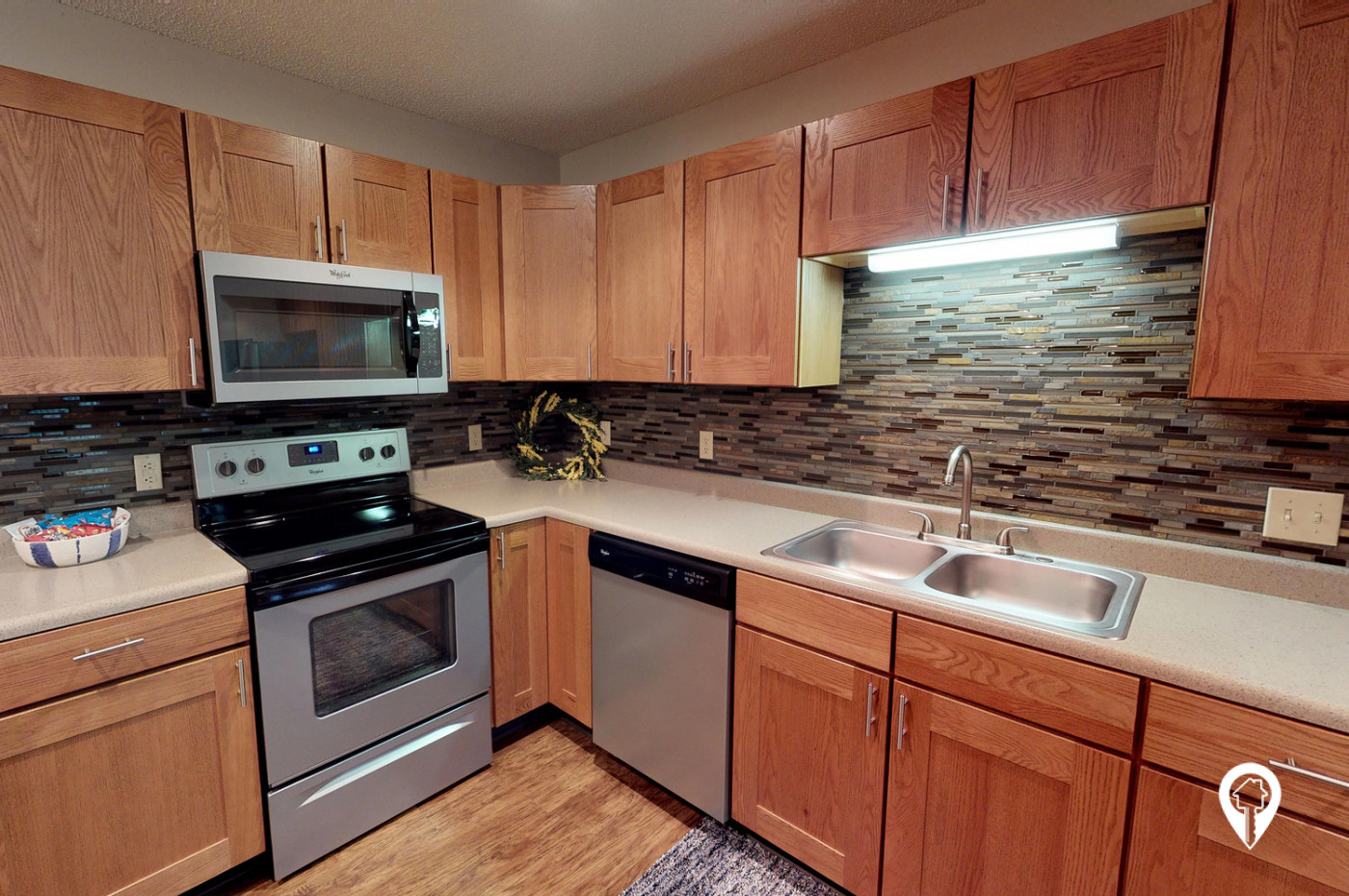 Oxbow-Park-Apartments-Beautiful-updates