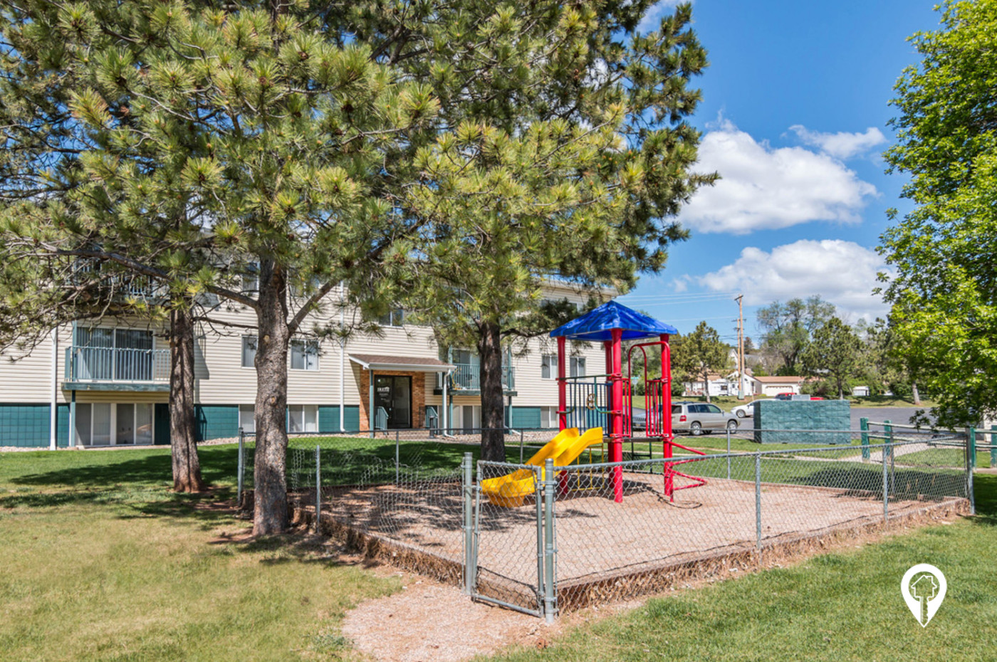 Canyon-Lake-Apartments-A-Great-Community-Play-Area