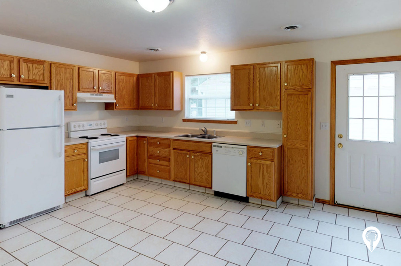 The-Gables-Townhomes-Spacious-kitchens-with-tons-storage