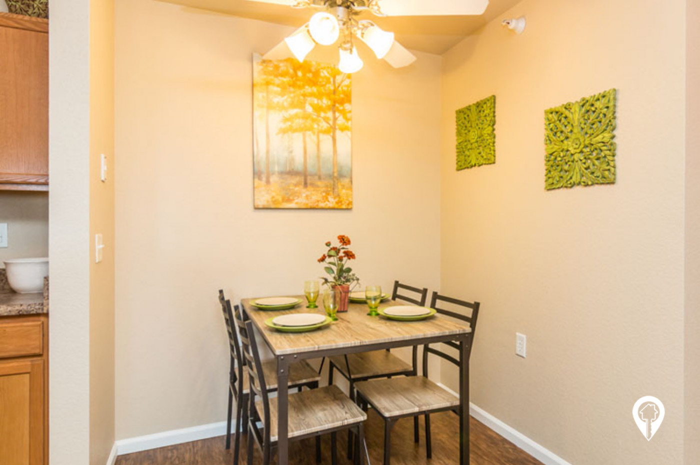 Homestead-Garden-Great-Dining-Space