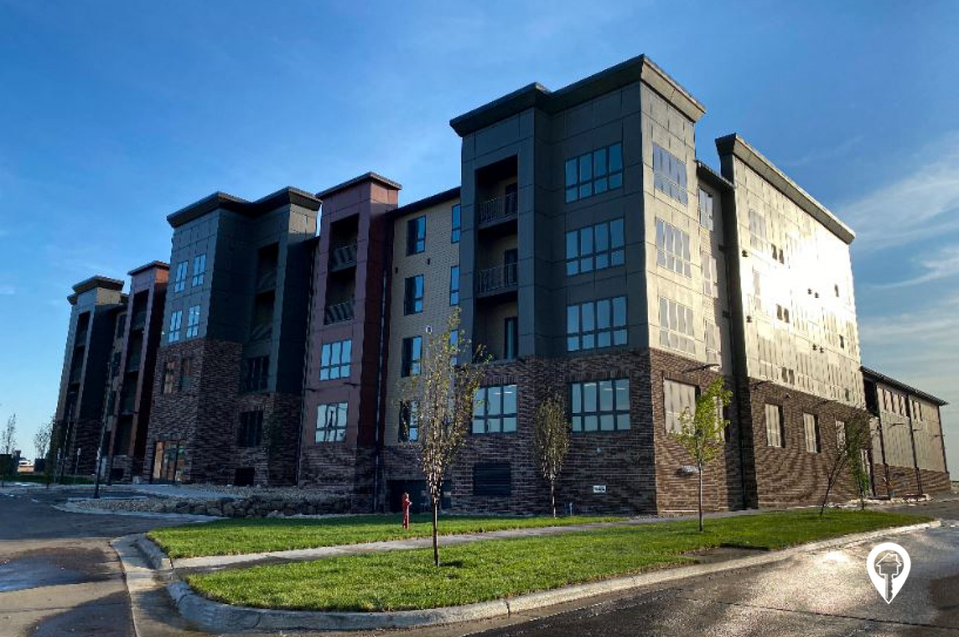 4415 University Hills Village